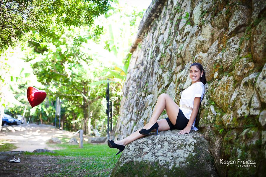 book-15-anos-florianopolis-yohana-0001 Sessão Pré 15 Anos Yohana Cristina - Jurerê Internacional