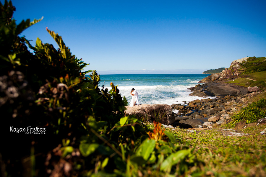 fotos-pre-casamento-florianopolis-0026 Flavia + Weidiman - Sessão Pré Casamento - Costão do Santinho Resort