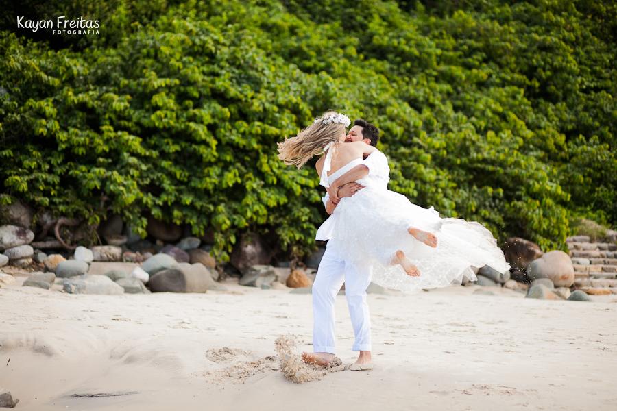 fotos-pre-casamento-florianopolis-0033 Flavia + Weidiman - Sessão Pré Casamento - Costão do Santinho Resort