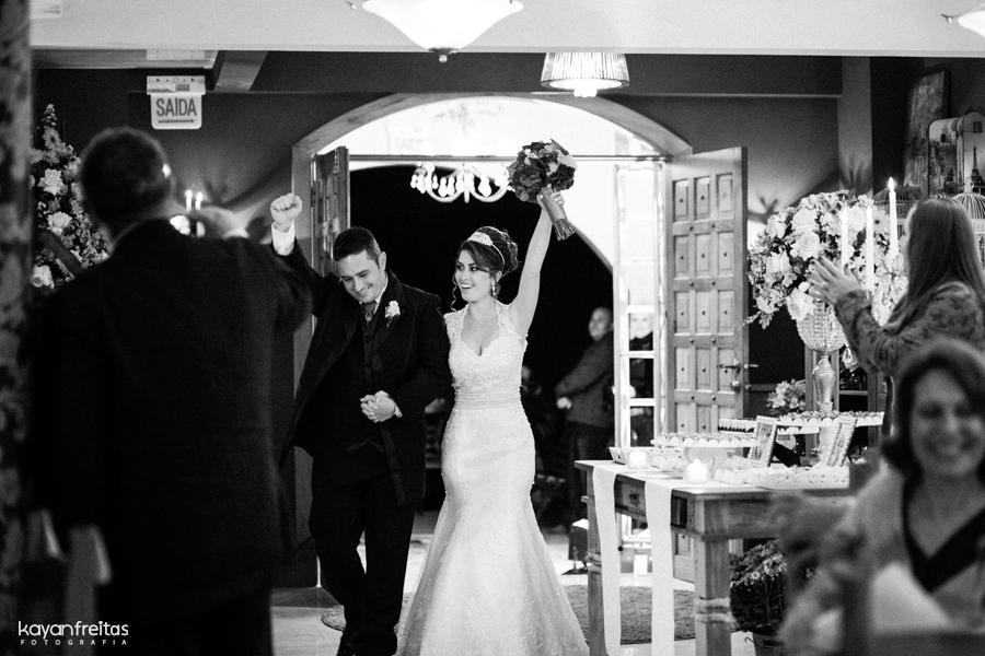 casamento-maria-rodrigo-0080 Casamento em Santo Amaro da Imperatriz - Maria e Rodrigo