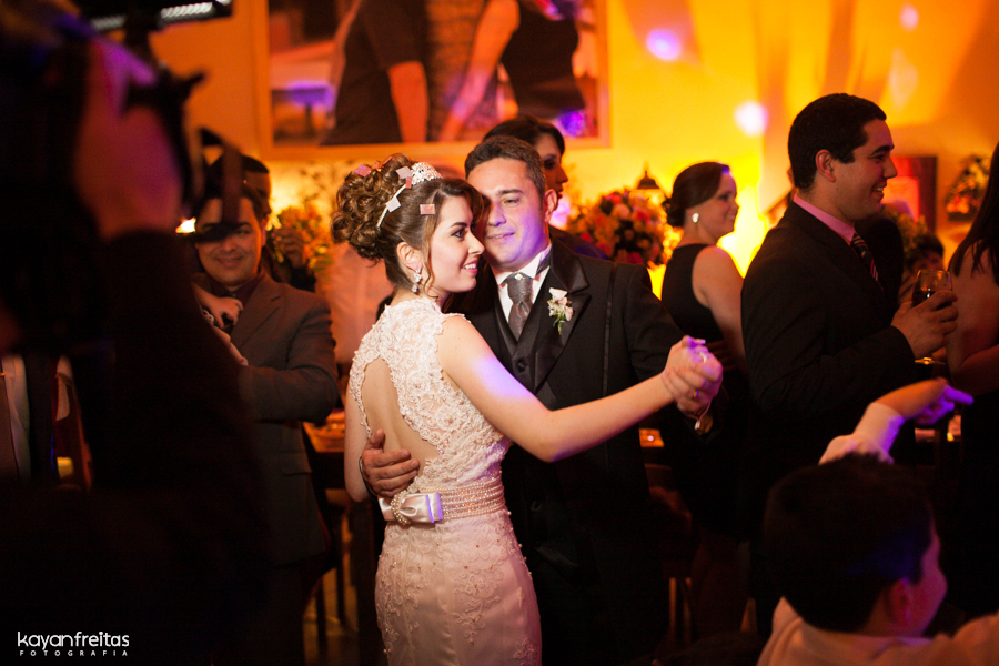 casamento-maria-rodrigo-0100 Casamento em Santo Amaro da Imperatriz - Maria e Rodrigo