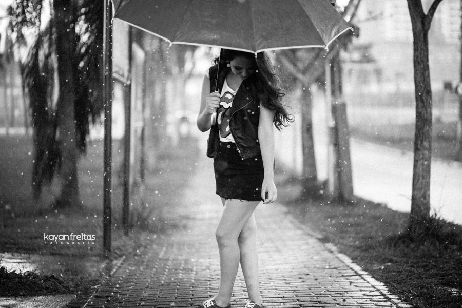 larissa-book-15anos-chuva-0021 Sessão pré 15 anos Larissa - São José