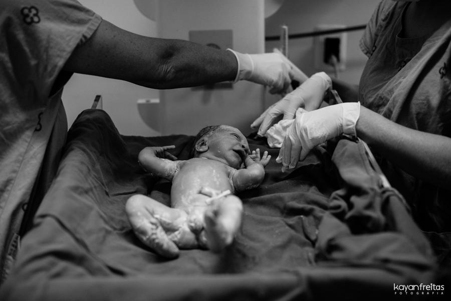 fotografia-parto-floripa-catarina-0030 Nascimento da Catarina - Clinica Santa Helena Florianópolis