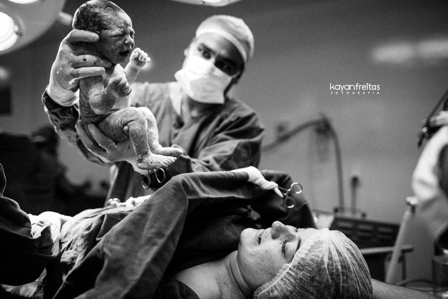 julia-fotografia-parto-0018 Nascimento da Julia - Clinica Santa Helena Florianópolis
