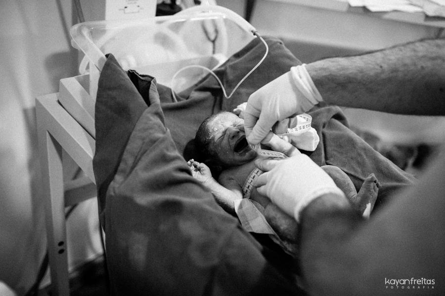 julia-fotografia-parto-0022 Nascimento da Julia - Clinica Santa Helena Florianópolis