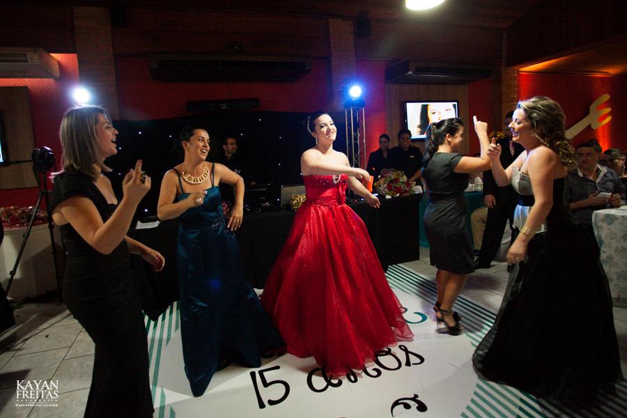 carol-15anos-canasvieiras-0049 Caroline - Aniversário de 15 anos - Florianópolis