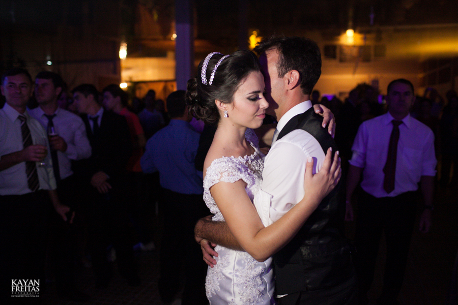 casamento-carol-joao-0126 Carol + João - Casamento - Santo Amaro da Imperatriz