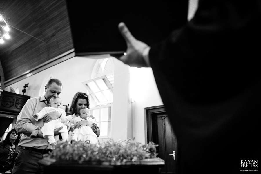 guilherme-leticia-batizado-0024 Guilherme e Leticia - Batizado - Florianópolis