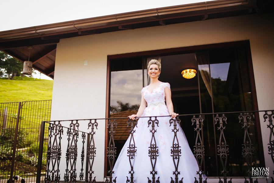 casamento-gabriela-junior-0040 Gabriela + Junior - Casamento - Santo Amaro da Imperatriz