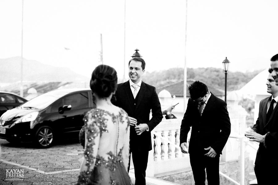casamento-gabriela-junior-0046 Gabriela + Junior - Casamento - Santo Amaro da Imperatriz