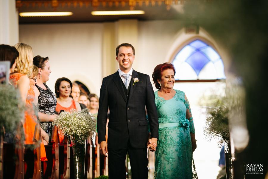 casamento-gabriela-junior-0053 Gabriela + Junior - Casamento - Santo Amaro da Imperatriz