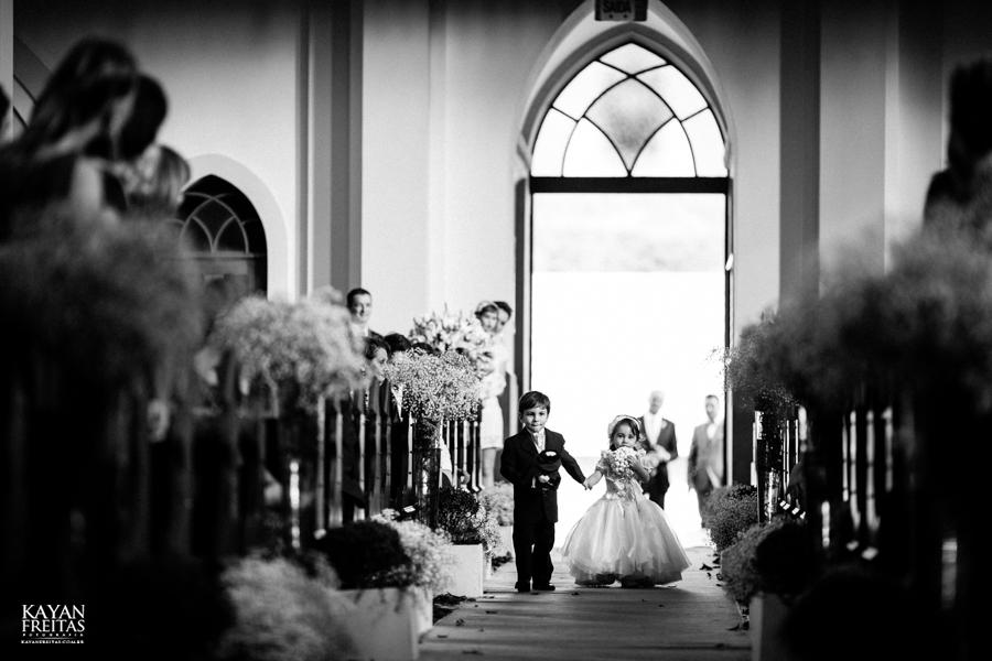 casamento-gabriela-junior-0057 Gabriela + Junior - Casamento - Santo Amaro da Imperatriz