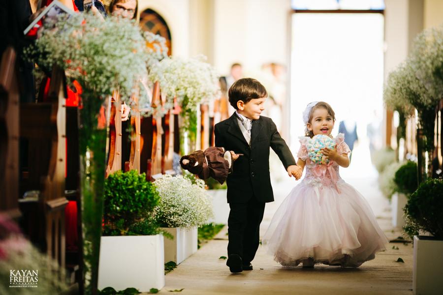 casamento-gabriela-junior-0058 Gabriela + Junior - Casamento - Santo Amaro da Imperatriz
