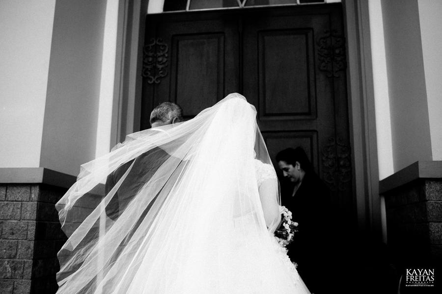 casamento-gabriela-junior-0061 Gabriela + Junior - Casamento - Santo Amaro da Imperatriz