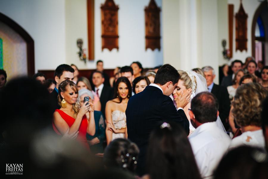 casamento-gabriela-junior-0069 Gabriela + Junior - Casamento - Santo Amaro da Imperatriz