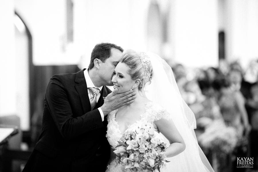 casamento-gabriela-junior-0071 Gabriela + Junior - Casamento - Santo Amaro da Imperatriz