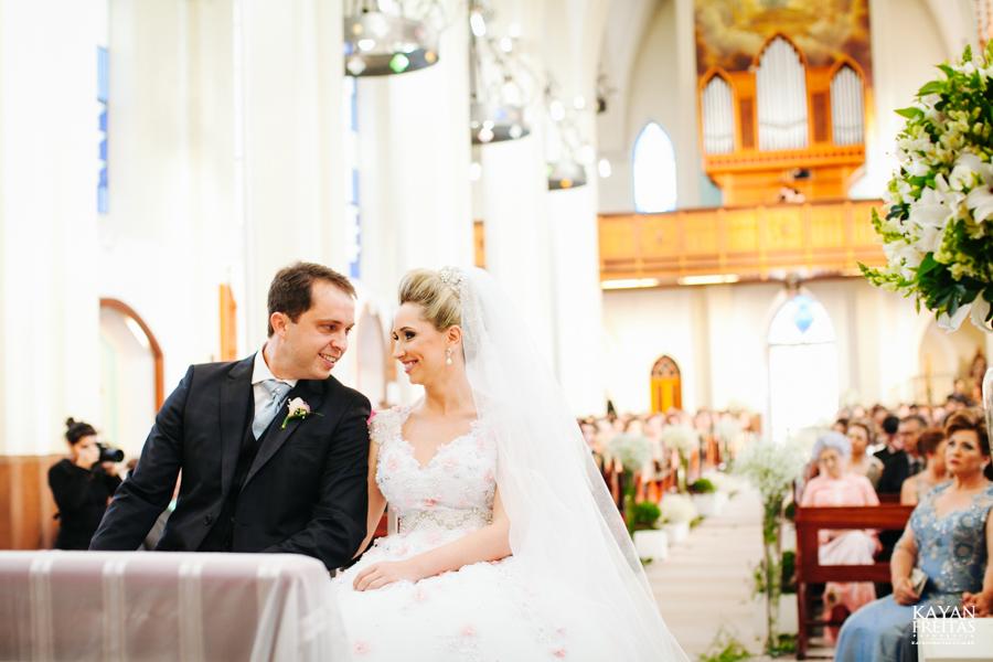 casamento-gabriela-junior-0073 Gabriela + Junior - Casamento - Santo Amaro da Imperatriz