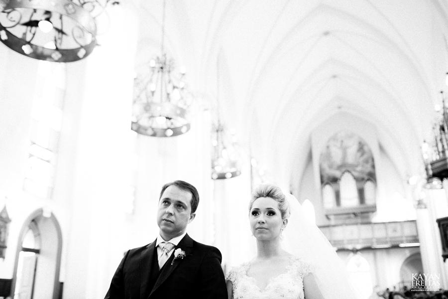 casamento-gabriela-junior-0076 Gabriela + Junior - Casamento - Santo Amaro da Imperatriz