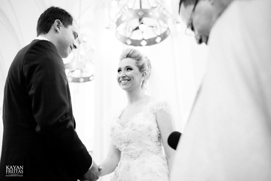 casamento-gabriela-junior-0079 Gabriela + Junior - Casamento - Santo Amaro da Imperatriz
