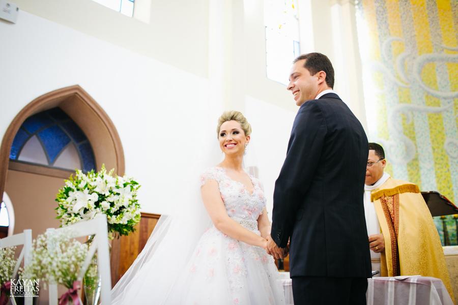 casamento-gabriela-junior-0080 Gabriela + Junior - Casamento - Santo Amaro da Imperatriz