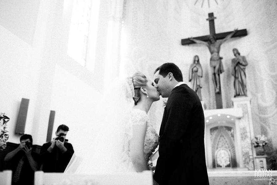 casamento-gabriela-junior-0082 Gabriela + Junior - Casamento - Santo Amaro da Imperatriz