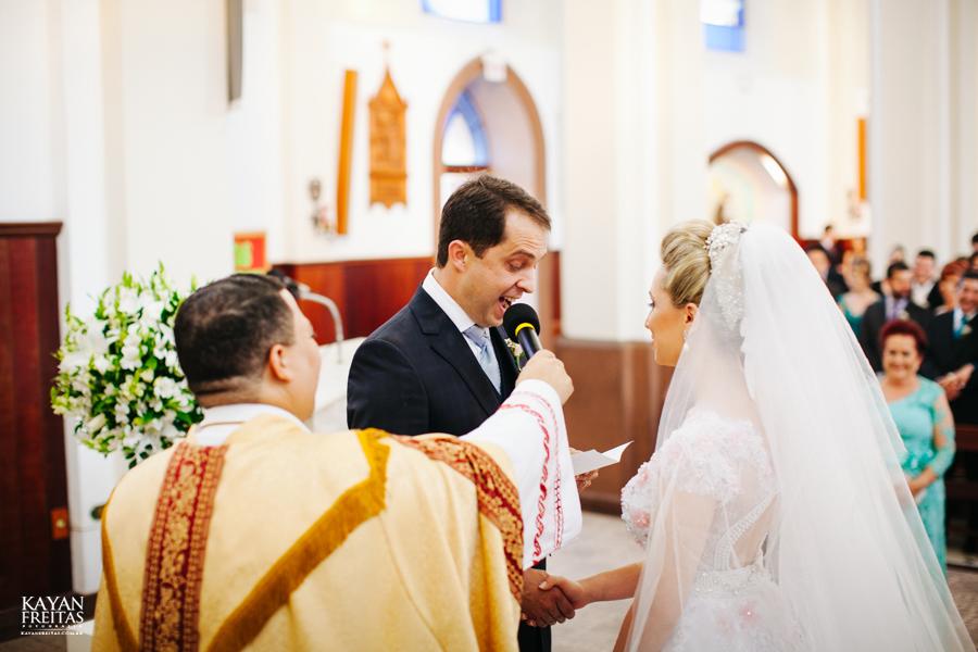 casamento-gabriela-junior-0087 Gabriela + Junior - Casamento - Santo Amaro da Imperatriz