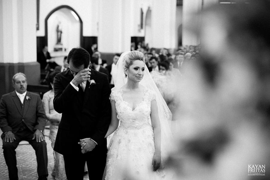 casamento-gabriela-junior-0102 Gabriela + Junior - Casamento - Santo Amaro da Imperatriz