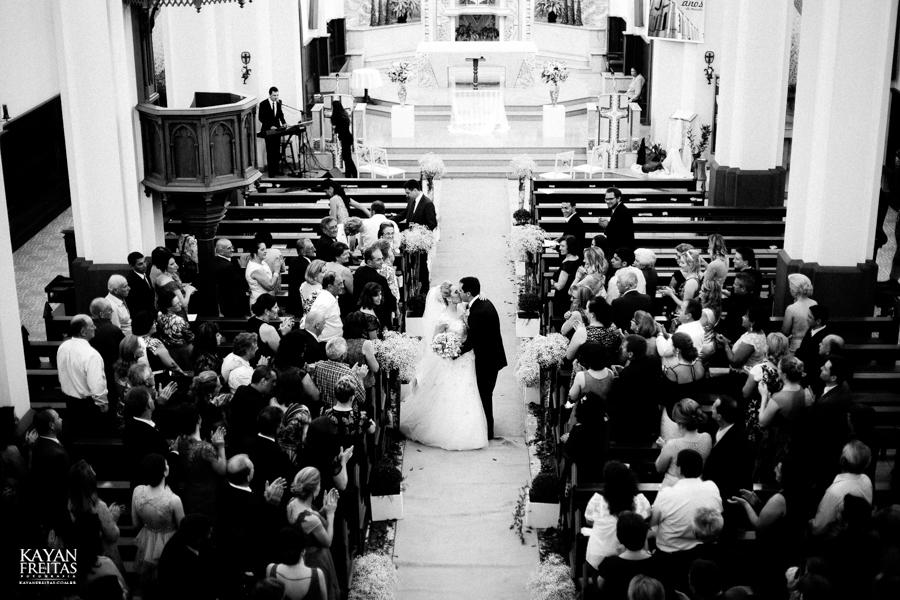 casamento-gabriela-junior-0109 Gabriela + Junior - Casamento - Santo Amaro da Imperatriz