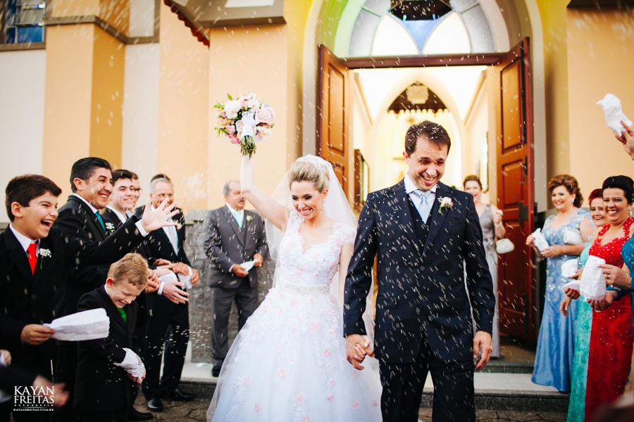 casamento-gabriela-junior-0110 Gabriela + Junior - Casamento - Santo Amaro da Imperatriz