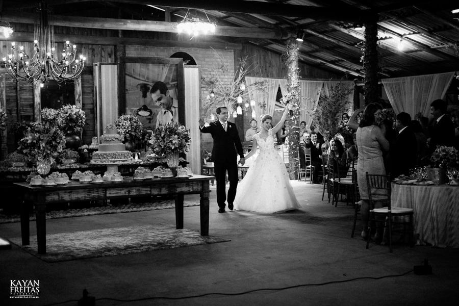 casamento-gabriela-junior-0116 Gabriela + Junior - Casamento - Santo Amaro da Imperatriz