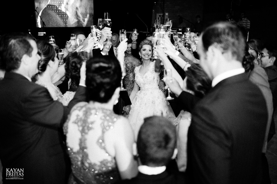 casamento-gabriela-junior-0119 Gabriela + Junior - Casamento - Santo Amaro da Imperatriz