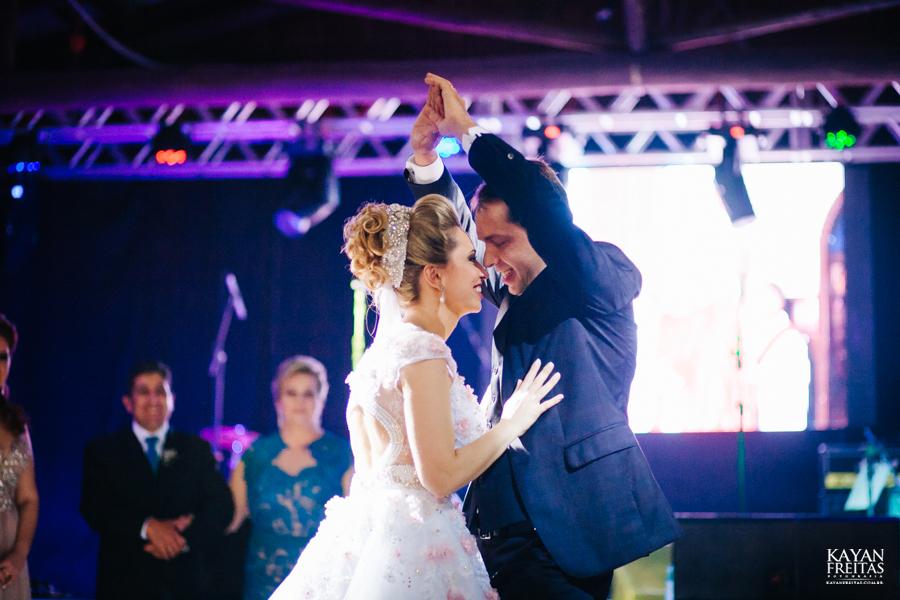 casamento-gabriela-junior-0128 Gabriela + Junior - Casamento - Santo Amaro da Imperatriz