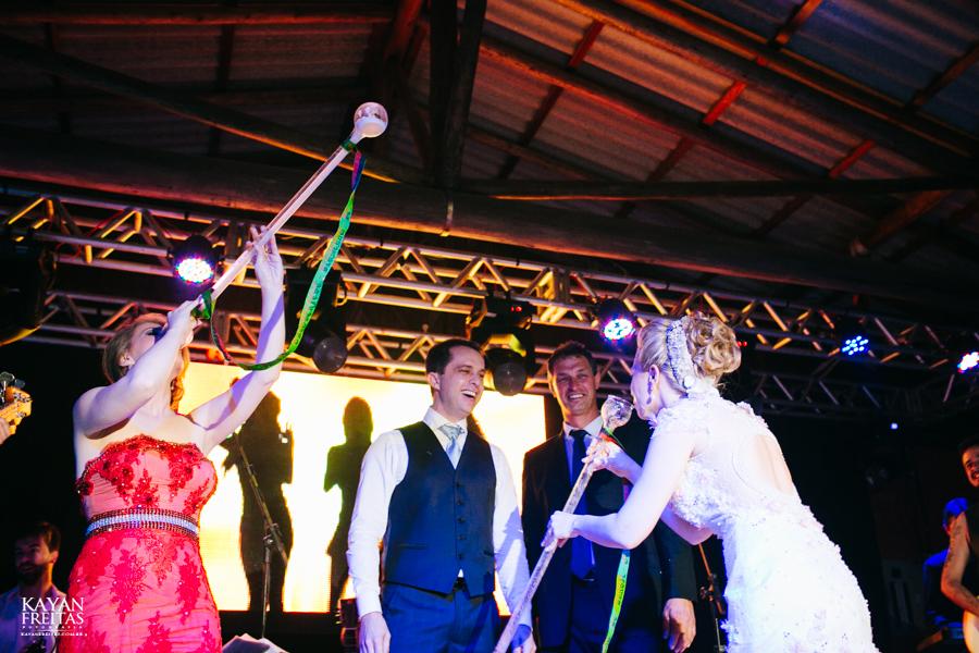 casamento-gabriela-junior-0152 Gabriela + Junior - Casamento - Santo Amaro da Imperatriz