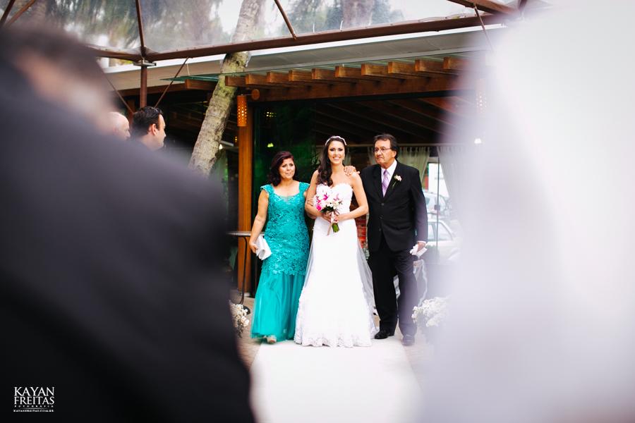 casamento-mari-fernando-0072 Mariana + Fernando - Casamento em Florianópolis - Pier 54