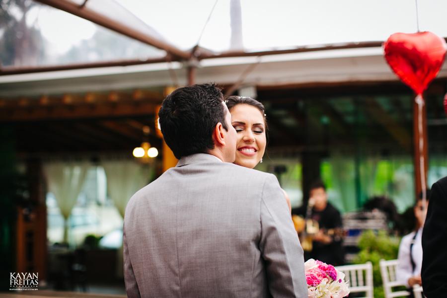 casamento-mari-fernando-0078 Mariana + Fernando - Casamento em Florianópolis - Pier 54
