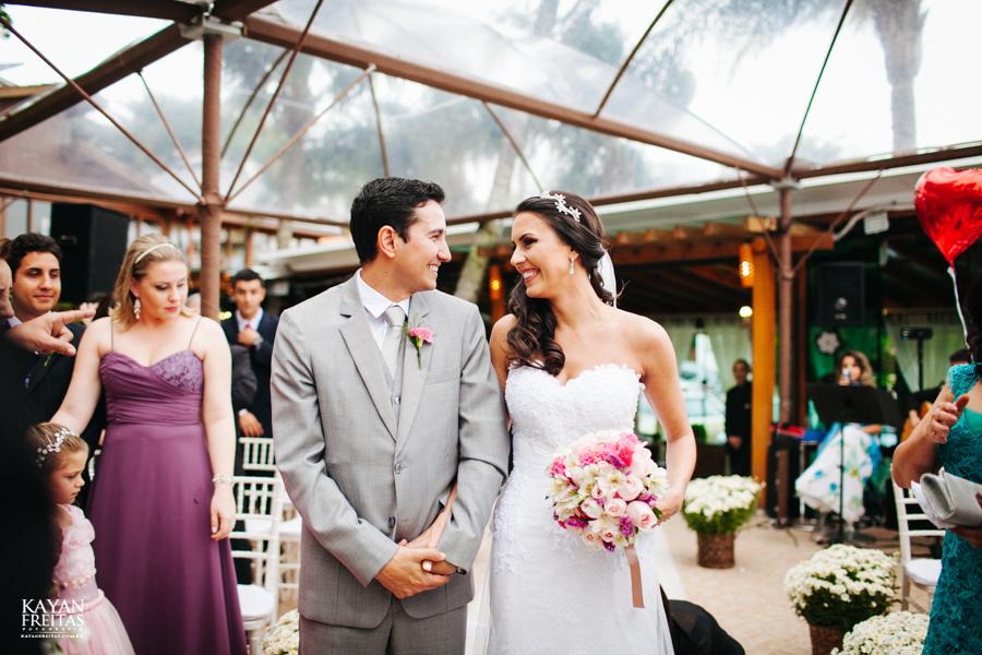 casamento-mari-fernando-0081 Mariana + Fernando - Casamento em Florianópolis - Pier 54