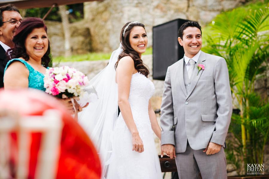 casamento-mari-fernando-0106 Mariana + Fernando - Casamento em Florianópolis - Pier 54
