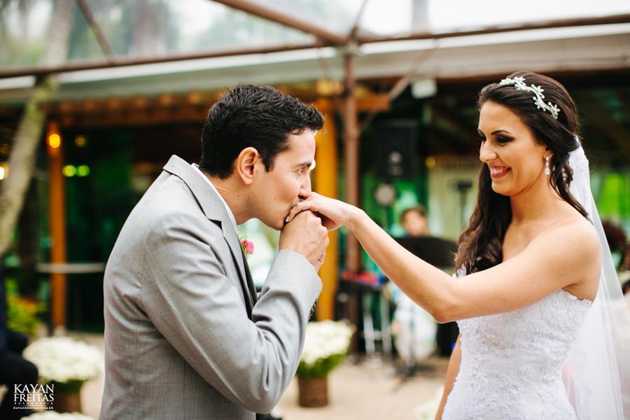 casamento-mari-fernando-0114 Mariana + Fernando - Casamento em Florianópolis - Pier 54