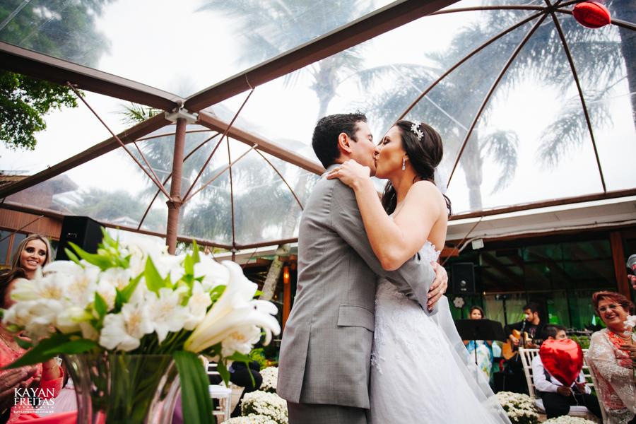 casamento-mari-fernando-0115 Mariana + Fernando - Casamento em Florianópolis - Pier 54