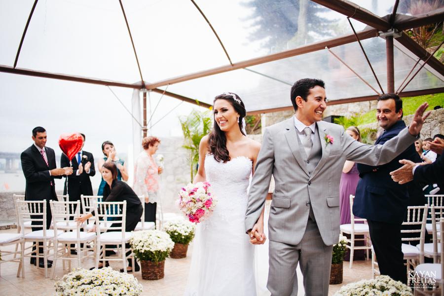 casamento-mari-fernando-0117 Mariana + Fernando - Casamento em Florianópolis - Pier 54