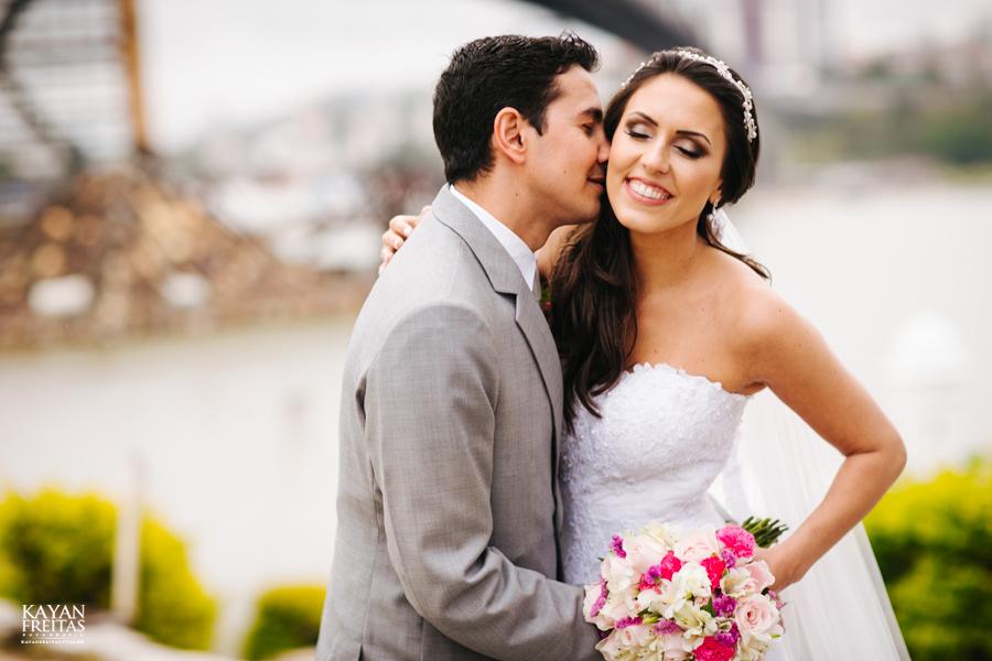 casamento-mari-fernando-0121 Mariana + Fernando - Casamento em Florianópolis - Pier 54
