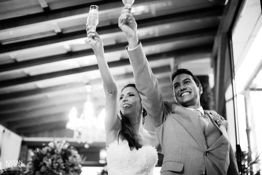 casamento-mari-fernando-0133 Mariana + Fernando - Casamento em Florianópolis - Pier 54
