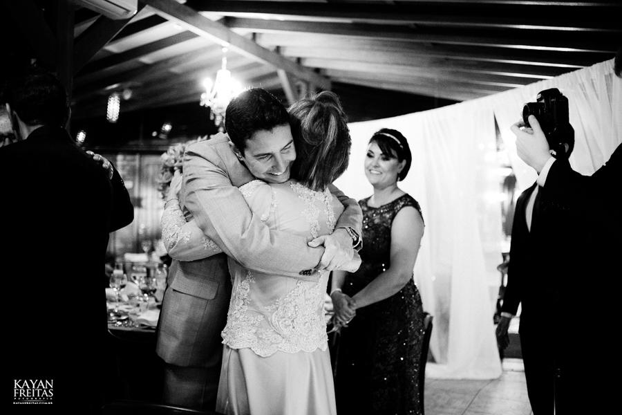 casamento-mari-fernando-0137 Mariana + Fernando - Casamento em Florianópolis - Pier 54