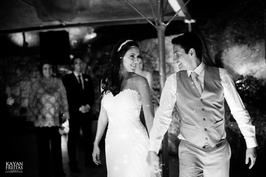 casamento-mari-fernando-0150 Mariana + Fernando - Casamento em Florianópolis - Pier 54