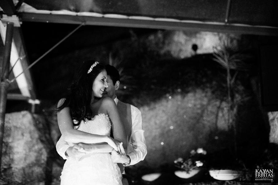 casamento-mari-fernando-0151 Mariana + Fernando - Casamento em Florianópolis - Pier 54