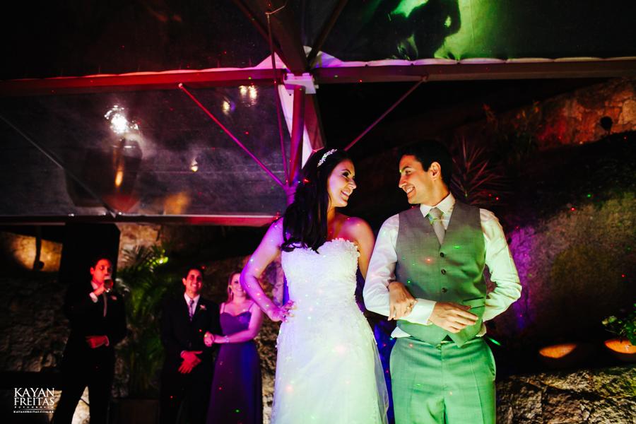 casamento-mari-fernando-0153 Mariana + Fernando - Casamento em Florianópolis - Pier 54