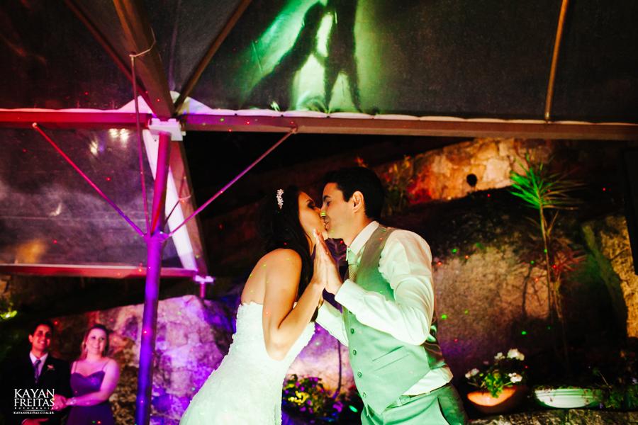 casamento-mari-fernando-0154 Mariana + Fernando - Casamento em Florianópolis - Pier 54