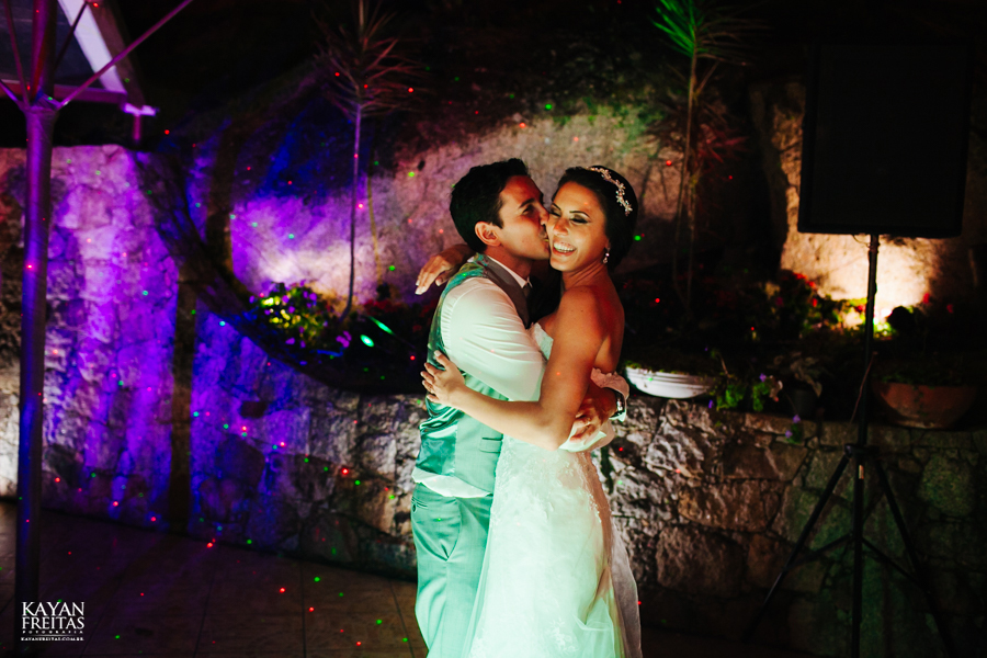 casamento-mari-fernando-0155 Mariana + Fernando - Casamento em Florianópolis - Pier 54