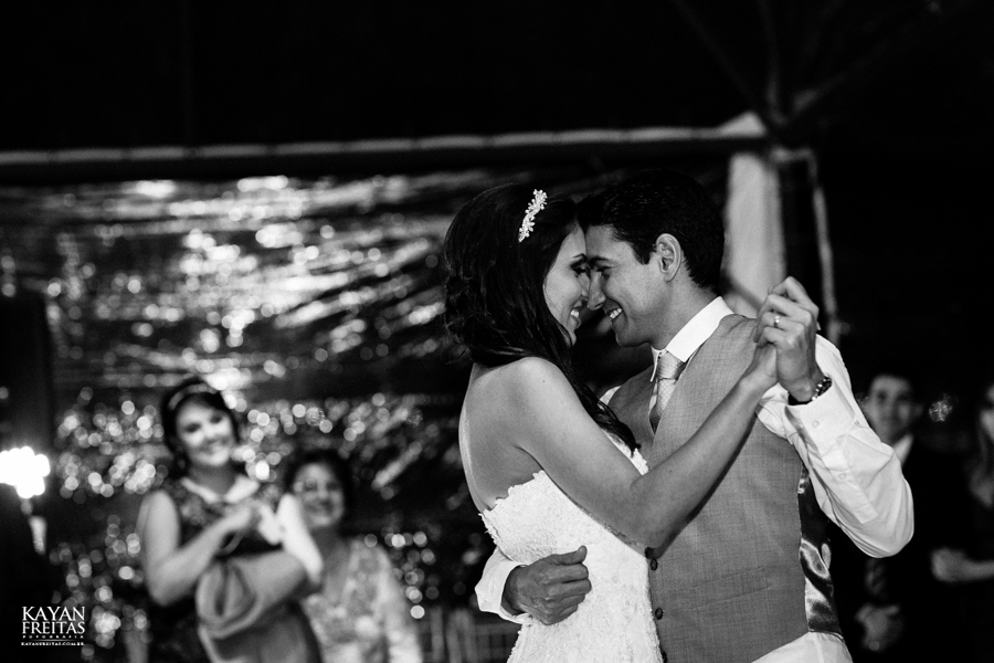 casamento-mari-fernando-0156 Mariana + Fernando - Casamento em Florianópolis - Pier 54