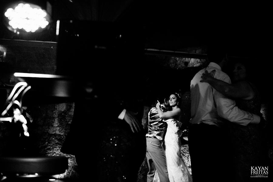 casamento-mari-fernando-0164 Mariana + Fernando - Casamento em Florianópolis - Pier 54